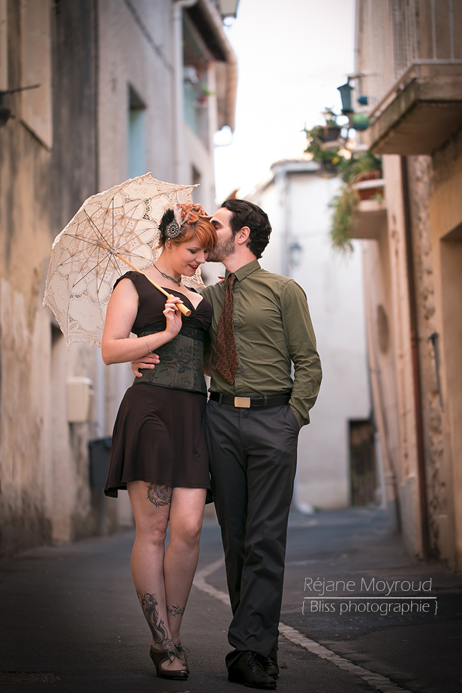 photographe couple mariage love session retro pin up engagement rétro swing Shirel danse amoureux Montpellier Nimes lunel Valergues Castries Bliss photographie Réjane Moyroud famille
