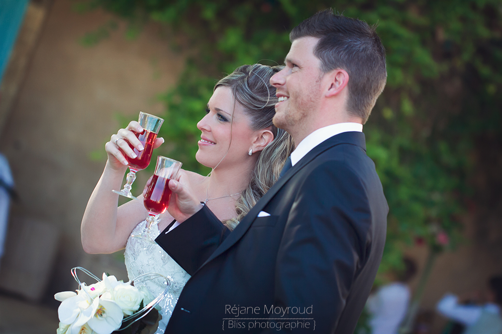 photographe mariage couple Montpellier Nimes lunel castries valergues Agde baillargues salon de provence Aix en provence Vin d honneur Cocktail Réjane Moyroud Bliss photographie