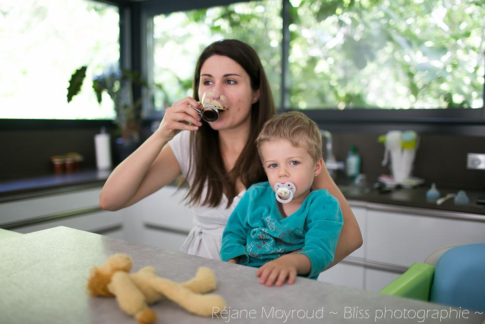 photographe maternité maman bébé nourrisson Montpellier gard Herault Lunel Nimes grossesse maman enfant accouchement naturel Réjane Moyroud Bliss photographie-136
