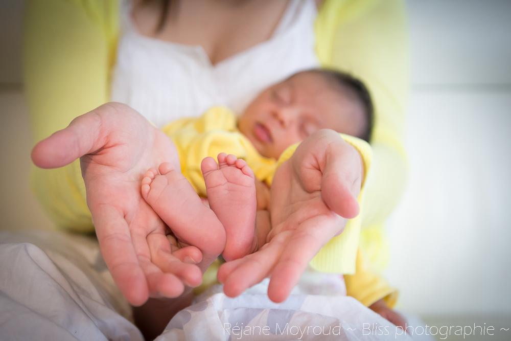 photographe maternité maman bébé nourrisson Montpellier gard Herault Lunel Nimes grossesse maman enfant accouchement naturel Réjane Moyroud Bliss photographie-149