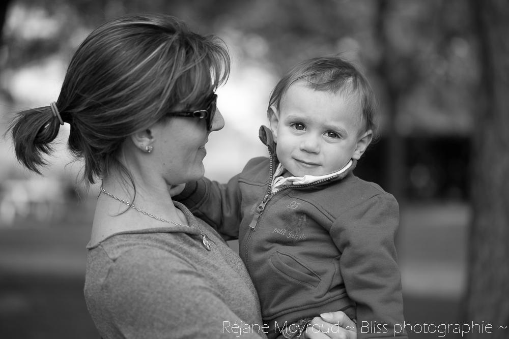 photographe maternité maman bébé nourrisson Montpellier gard Herault Lunel Nimes grossesse maman enfant accouchement naturel Réjane Moyroud Bliss photographie-159