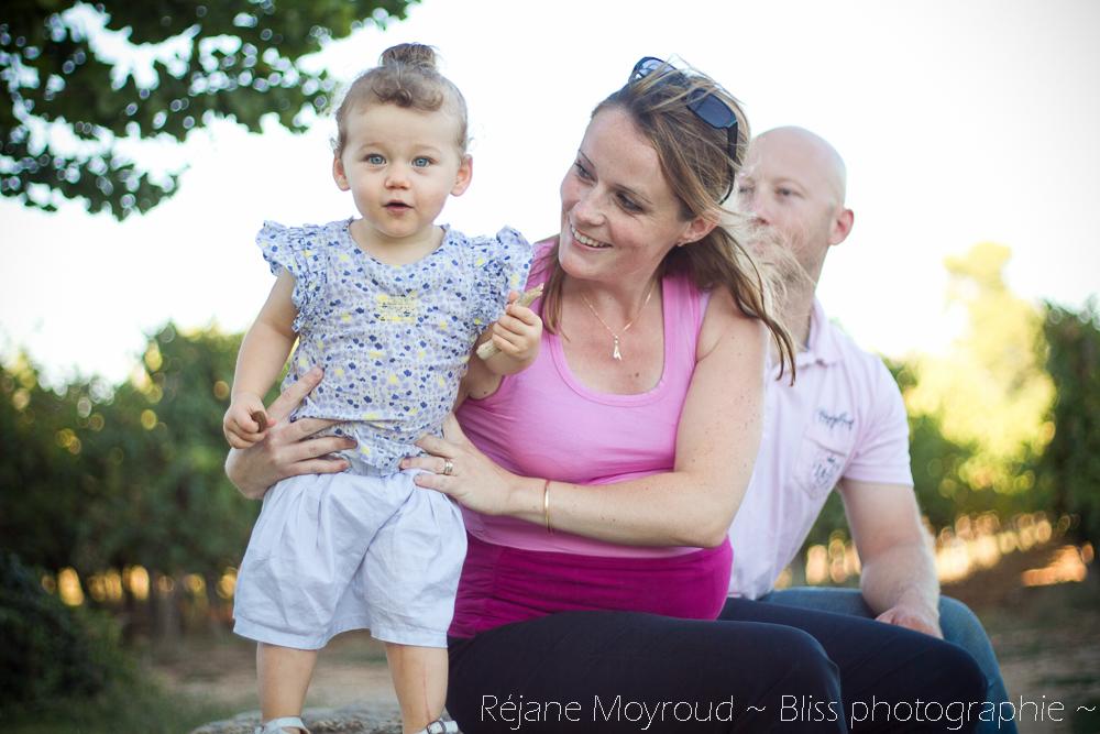 photographe maternité maman bébé nourrisson Montpellier gard Herault Lunel Nimes grossesse maman enfant accouchement naturel Réjane Moyroud Bliss photographie-17