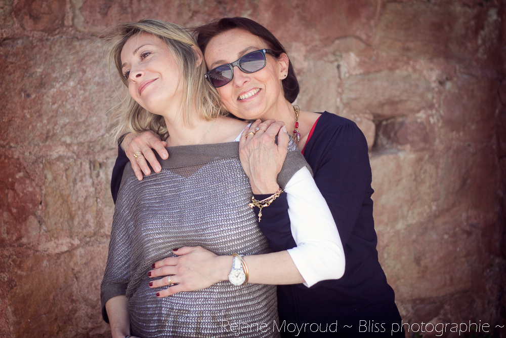 photographe maternité maman bébé nourrisson Montpellier gard Herault Lunel Nimes grossesse maman enfant accouchement naturel Réjane Moyroud Bliss photographie-21