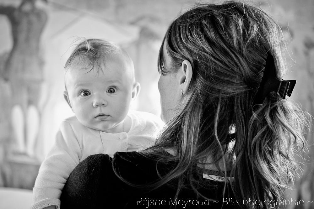 photographe maternité maman bébé nourrisson Montpellier gard Herault Lunel Nimes grossesse maman enfant accouchement naturel Réjane Moyroud Bliss photographie-26