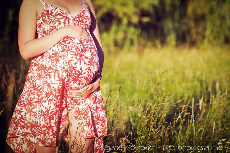 photographe maternité maman bébé nourrisson Montpellier gard Herault Lunel Nimes grossesse maman enfant accouchement naturel Réjane Moyroud Bliss photographie-3