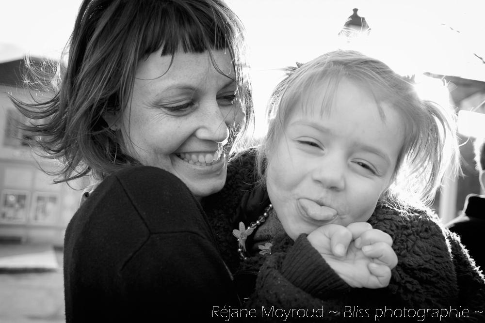 photographe maternité maman bébé nourrisson Montpellier gard Herault Lunel Nimes grossesse maman enfant accouchement naturel Réjane Moyroud Bliss photographie-32