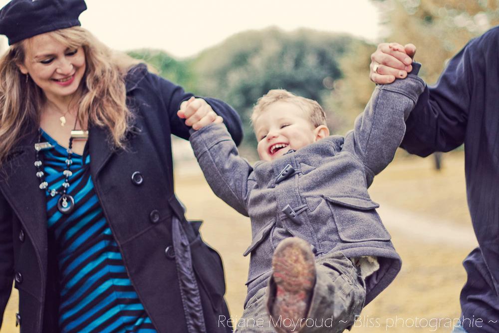 photographe maternité maman bébé nourrisson Montpellier gard Herault Lunel Nimes grossesse maman enfant accouchement naturel Réjane Moyroud Bliss photographie-55