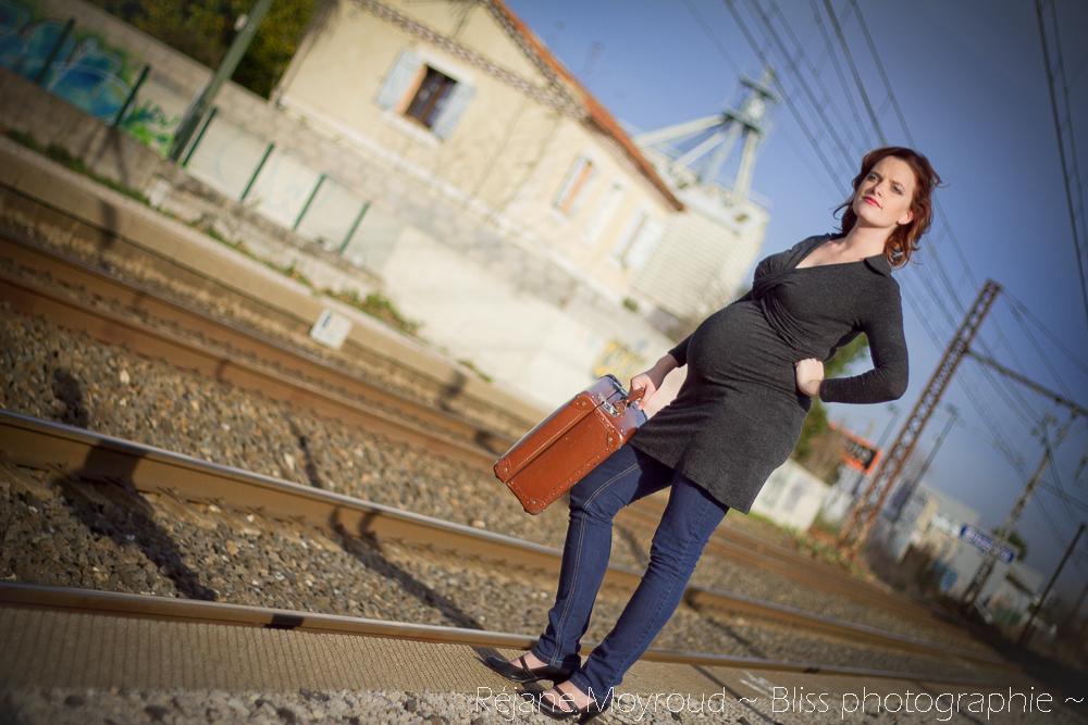 photographe maternité maman bébé nourrisson Montpellier gard Herault Lunel Nimes grossesse maman enfant accouchement naturel Réjane Moyroud Bliss photographie-56