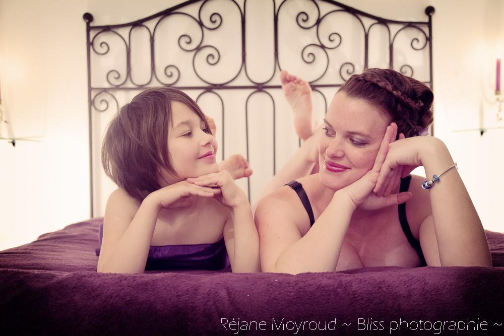 photographe maternité maman bébé nourrisson Montpellier gard Herault Lunel Nimes grossesse maman enfant accouchement naturel Réjane Moyroud Bliss photographie-85