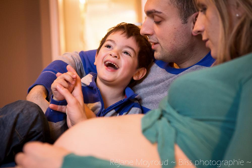 photographe maternité maman bébé nourrisson Montpellier gard Herault Lunel Nimes grossesse maman enfant accouchement naturel Réjane Moyroud Bliss photographie-9