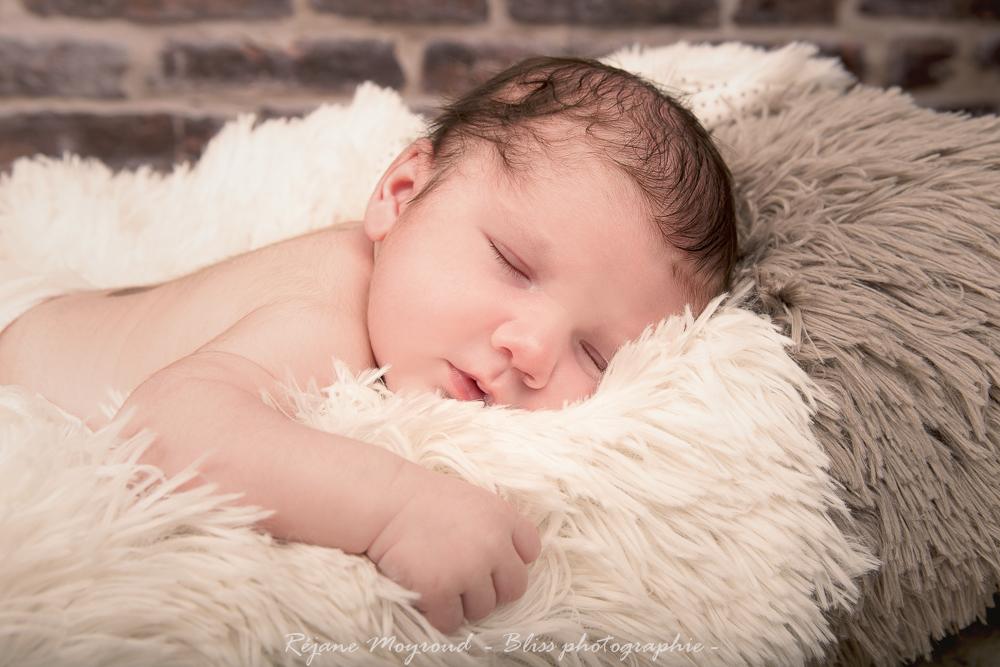 Dario - photographe nouveau né bébé nourrisson maternité Montpellier nimes lunel castries_-29