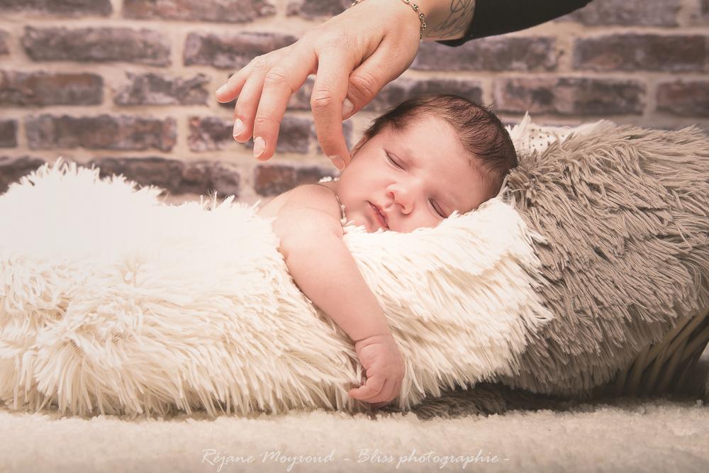 Dario - photographe nouveau né bébé nourrisson maternité Montpellier nimes lunel castries_-30
