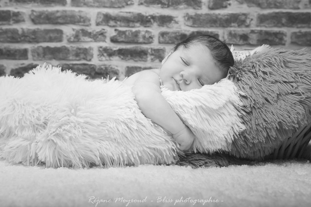 Dario - photographe nouveau né bébé nourrisson maternité Montpellier nimes lunel castries_-31