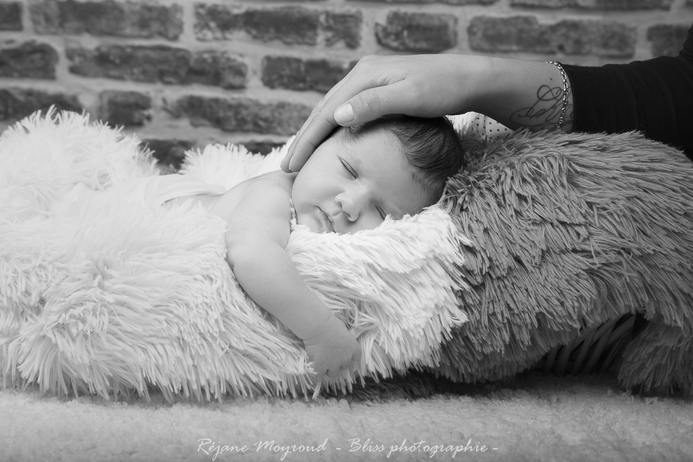 Dario - photographe nouveau né bébé nourrisson maternité Montpellier nimes lunel castries_-35