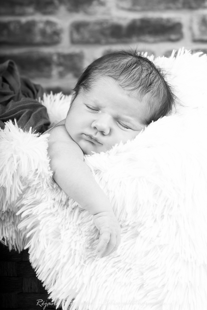 Dario - photographe nouveau né bébé nourrisson maternité Montpellier nimes lunel castries_-84