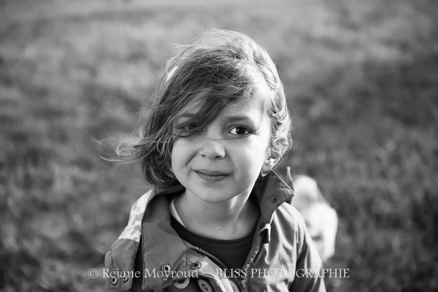 Bliss photographie-famille-photographe-noir-blanc-Lunel-lansargues-baillargues-Mauguio-Marssillargues-Lunel-Viel-enfant-seance-foto-4 - Copie