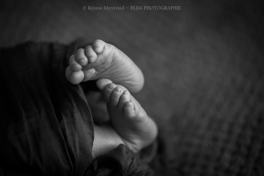 photographe-bébé-nourrisson-maternité-studio-photographe-Montellier-Lunel-Viel-Lansargues-Mauguio-Candillargues-Marssillargues-Valergues-Nimes-Gard-hérault-Foto-bb-professionnelle