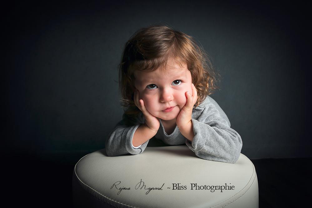 photographe-hérault-enfance-bébé-Montpellier-Gard-Nimes-Lunel-Vieil-Lansargues-Baillargues-Fille-Studio-professionnel-enfant-mauguio