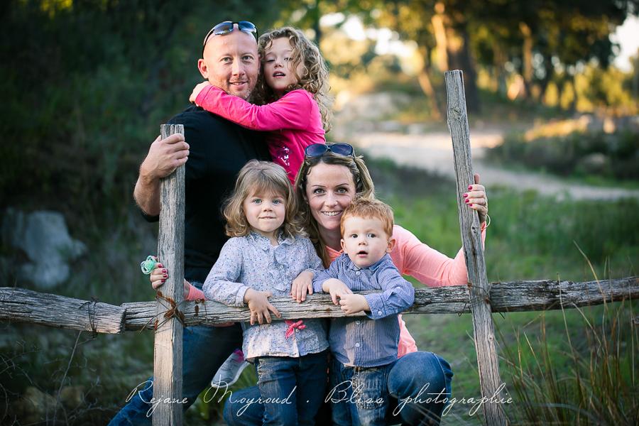 Bliss photographie-séance-famille-Montpellier-Lunel-Viel-extérieur-mauguio-candillargues-naturelle-enfants-parents-fraterie-Baillargues-Lansargues-Saint-Just-valergues-31