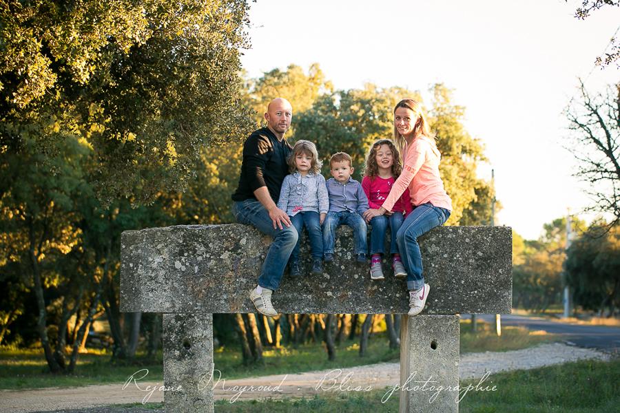 Bliss photographie-séance-famille-Montpellier-Lunel-Viel-extérieur-mauguio-candillargues-naturelle-enfants-parents-fraterie-Baillargues-Lansargues-Saint-Just-valergues-35