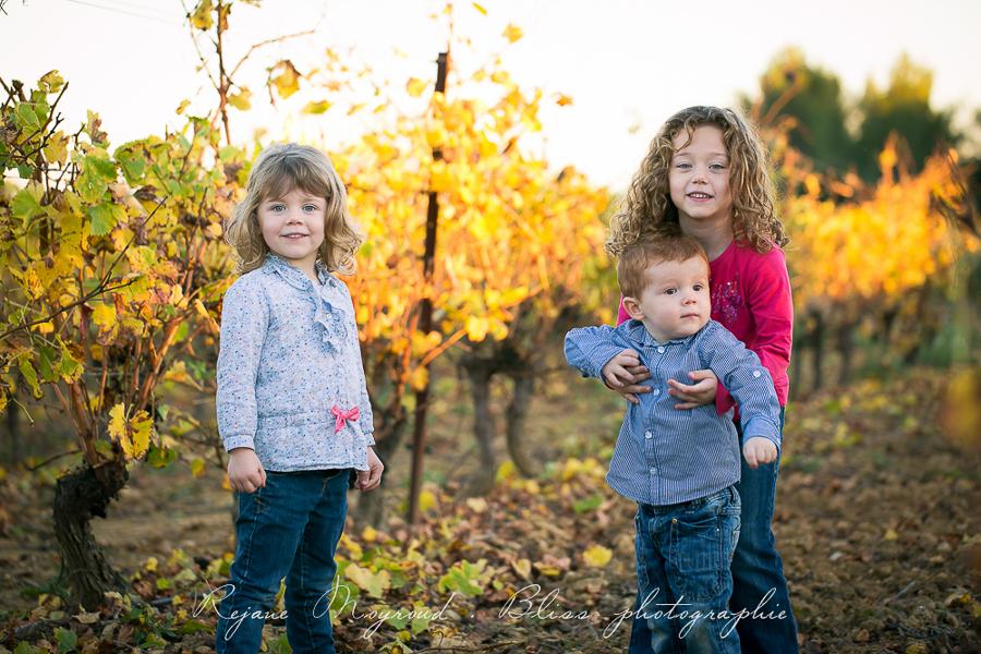 Bliss photographie-séance-famille-Montpellier-Lunel-Viel-extérieur-mauguio-candillargues-naturelle-enfants-parents-fraterie-Baillargues-Lansargues-Saint-Just-valergues-44