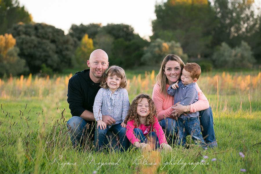 Bliss photographie-séance-famille-Montpellier-Lunel-Viel-extérieur-mauguio-candillargues-naturelle-enfants-parents-fraterie-Baillargues-Lansargues-Saint-Just-valergues-51