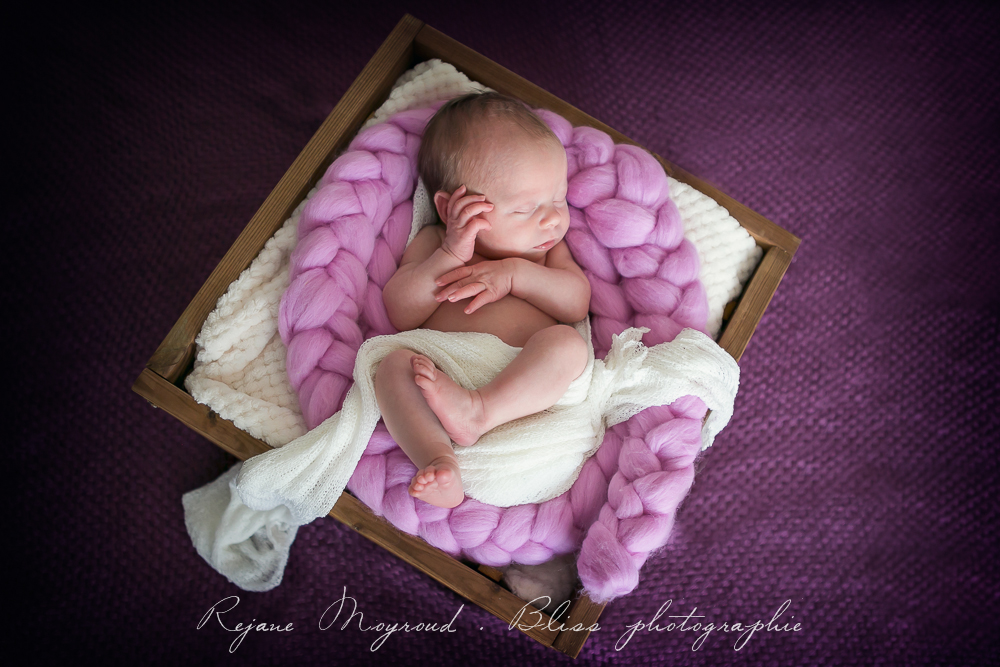 Bliss-photographe-nourrisson-grossesse-famille-Montpellier-studio-original-Hérault-castries-Mauguio-Lunel-Vieil-Lansargues-Baillargues-Castelnau-le-Lez-candillargues-bébés-11