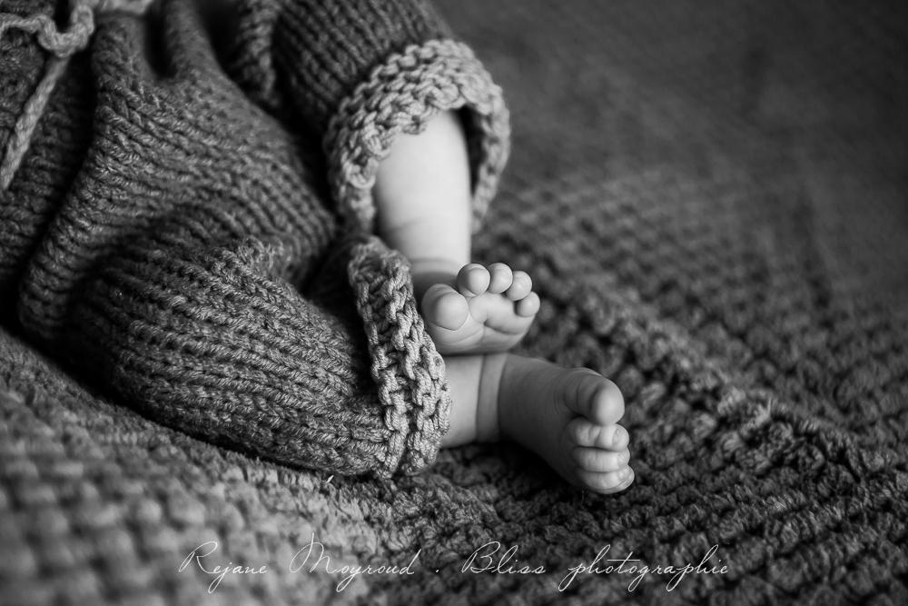 Bliss-photographe-nourrisson-grossesse-famille-Montpellier-studio-original-Hérault-castries-Mauguio-Lunel-Vieil-Lansargues-Baillargues-Castelnau-le-Lez-candillargues-bébés-29