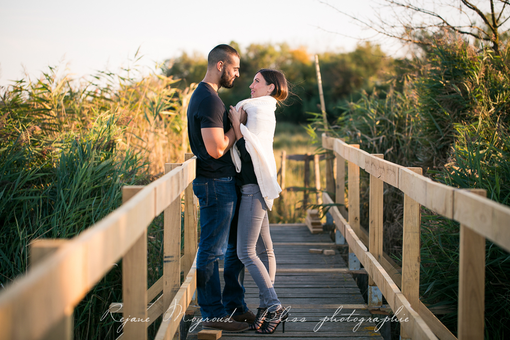 photographe-couple-Montpellier-amour-amoureux-love-session-Hérault-castries-Mauguio-Lunel-Viel-Lansargues-Baillargues-Lattes-Engagement-mariage-naturel-11