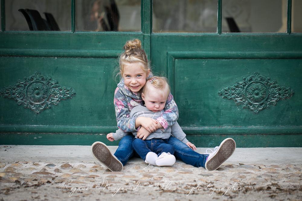 photographe-famille-Montpellier-exterieur-original-Hérault-castries-Mauguio-Lunel-Vieil-Lansargues-Baillargues-parc-enfant-enfance-21