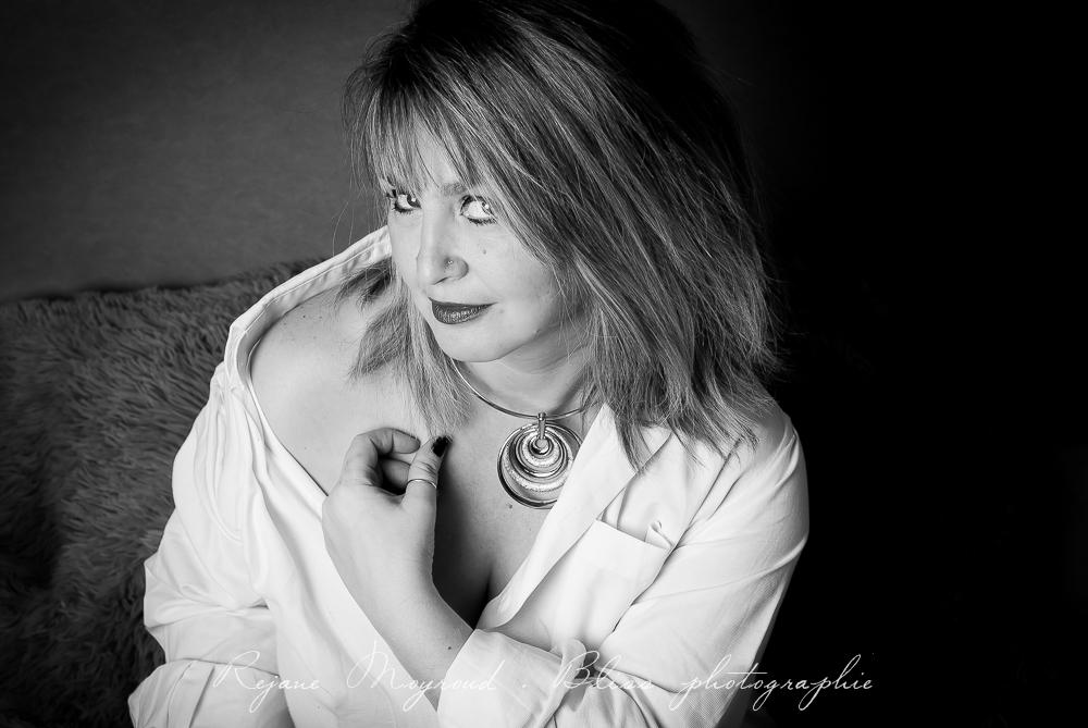 Femme-photographe-portrait-Montpellier-studio-original-Hérault-castries-Mauguio-Lunel-Vieil-Lansargues-Baillargues-Castelnau-le-Lez-candillargues-boudoir-28