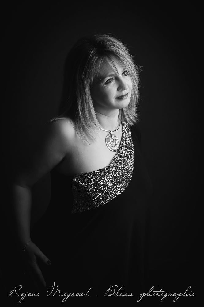 Femme-photographe-portrait-Montpellier-studio-original-Hérault-castries-Mauguio-Lunel-Vieil-Lansargues-Baillargues-Castelnau-le-Lez-candillargues-boudoir-38